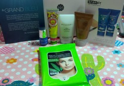 July Glossybox 'Le Grand Bleu' ~ Yes Another Late One