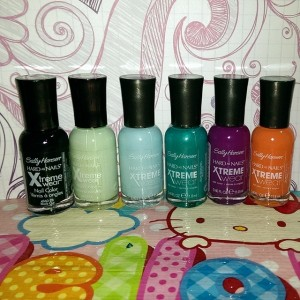 sally hansens polishes